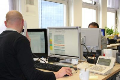 Beratung zur Computernutzung an Frankfurter Schulen